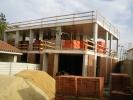 """<b>Empreitada:</b> """"Elaboração do Projeto e Execução da Obra de Construção da Unidade de Tratamento de Almada – CRI da Península de Setúbal""""<br><b>Duração:</b> 180 dias (2010) </br><b>Tipo de empreitada: </b> Edifícios Serviços de Saúde/Administrativos – Construção Nova"""