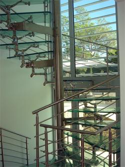Escada instalada no Algarve
